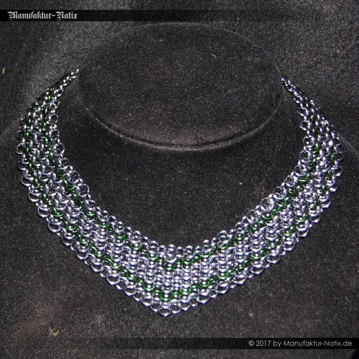 Halsband V Dunkelsilber Grün
